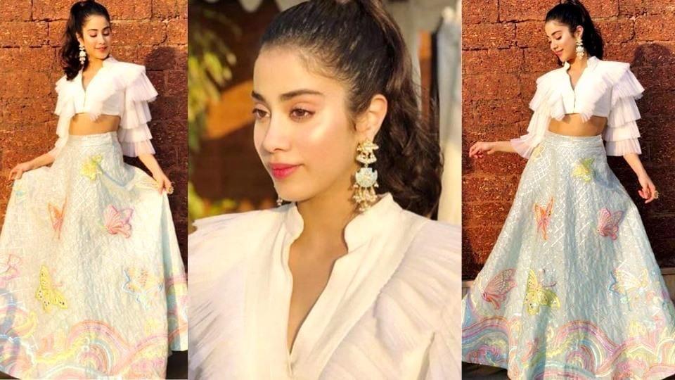 Janhvi Kapoor's gorgeous lehenga-crop top look is for daring brides. (Instagram)