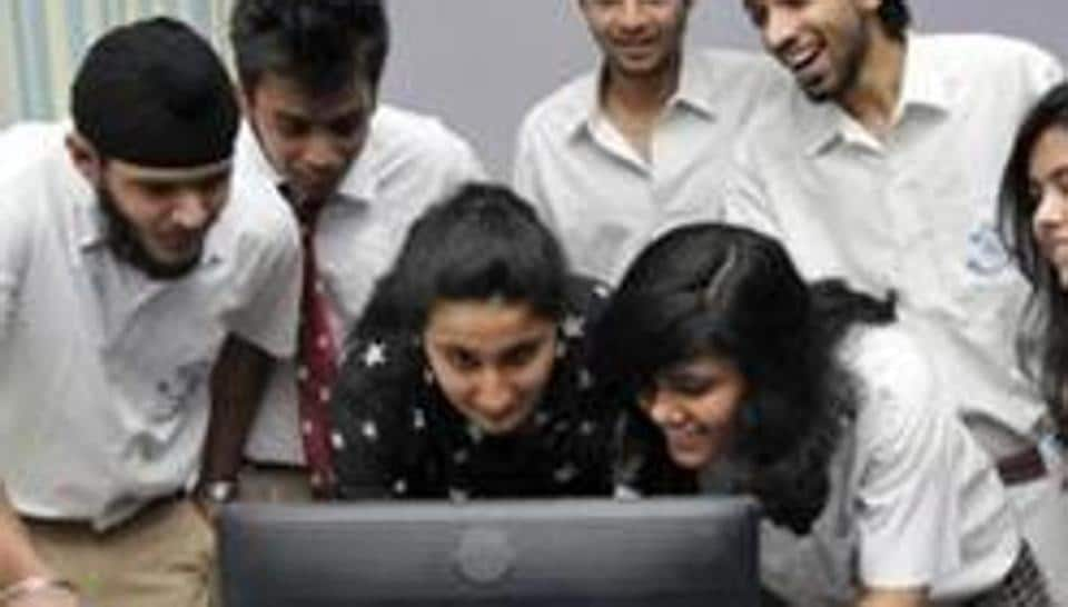 ESICrecruitment 2018: Candidates can download the admit card before December 15.