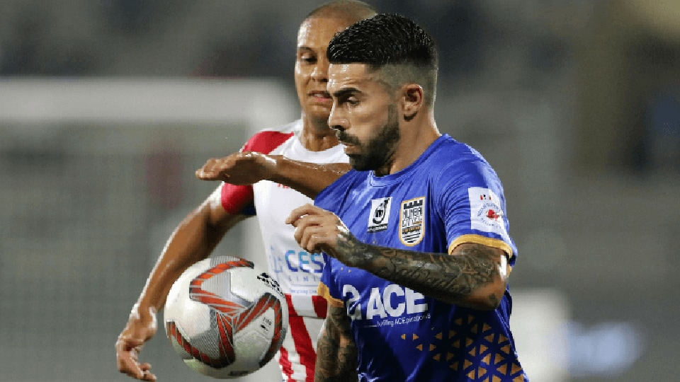 Mumbai City FC and ATK settled for a goalless draw in the Indian Super League (ISL).