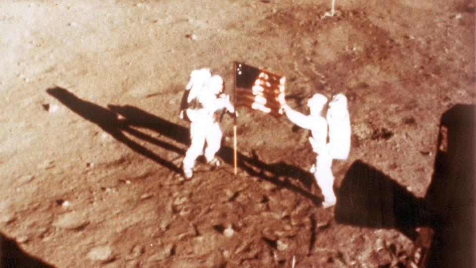 Were US moon landings real? We'll verify, says Russia space agency chief - Hindustan Times