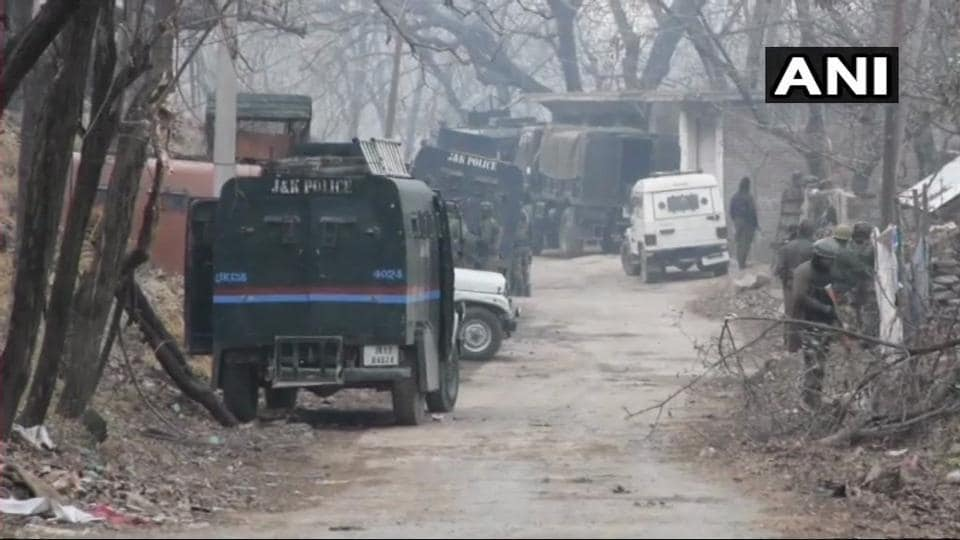A militant was killed during a gunfight between security forces and terrorists in Hafoo of Pulwama's Tral after the army and police launched a joint operation in the area.