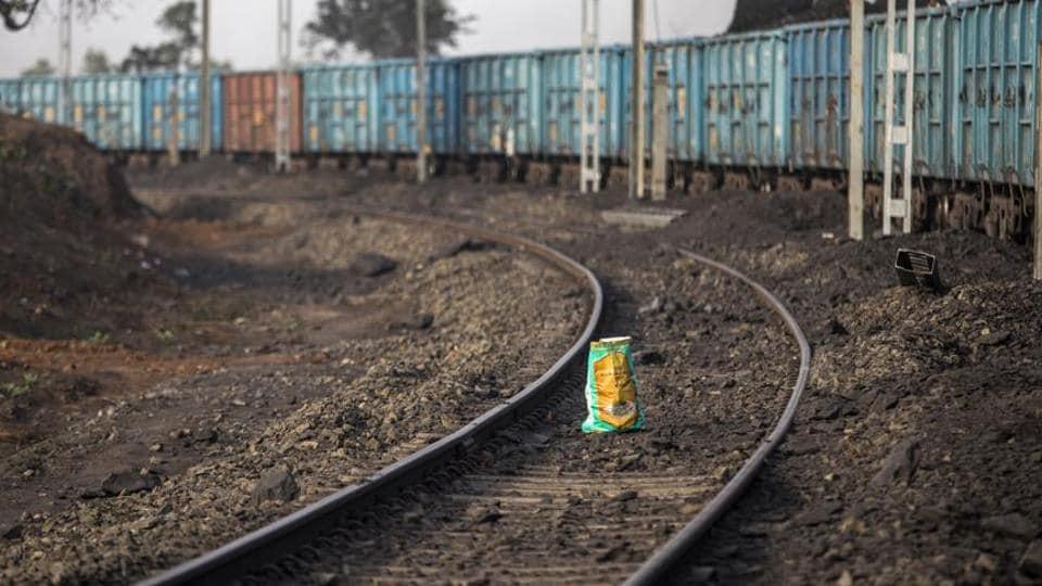 Indian Railway Track,Railway Ministry,Railways