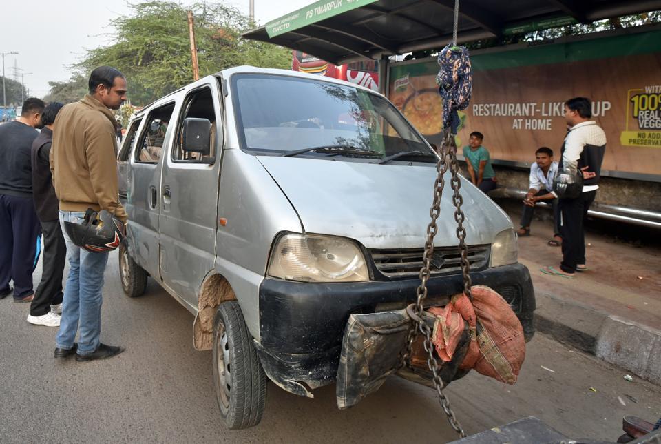 Delhi,Accident,School van