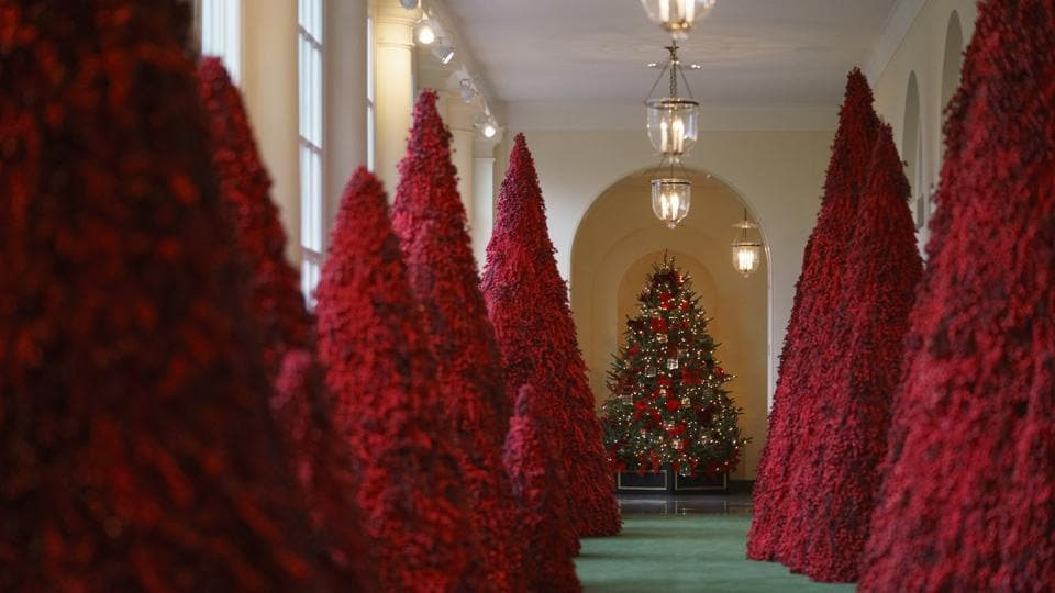 Whitehouse Christmas Decor 2021 Melania Trump S White House Christmas Decorations Divide Twitter Trending Hindustan Times