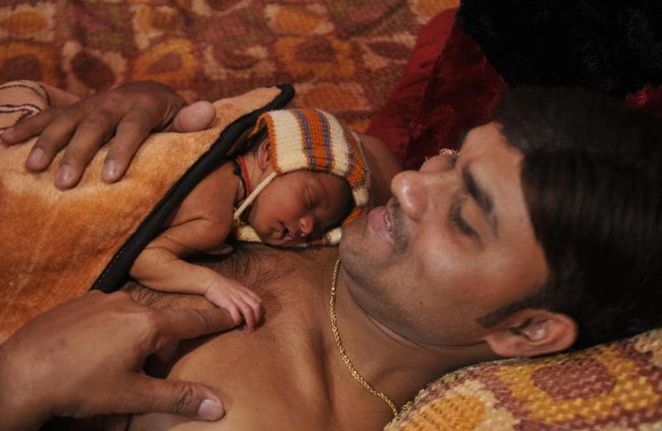 Kangaroo care,Kangaroo father care,Kangaroo mother care