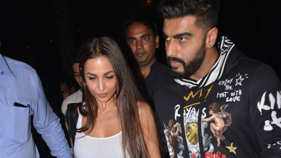Malaika Arora clarifies her pendant has nothing to do with Arjun Kapoor. See pic