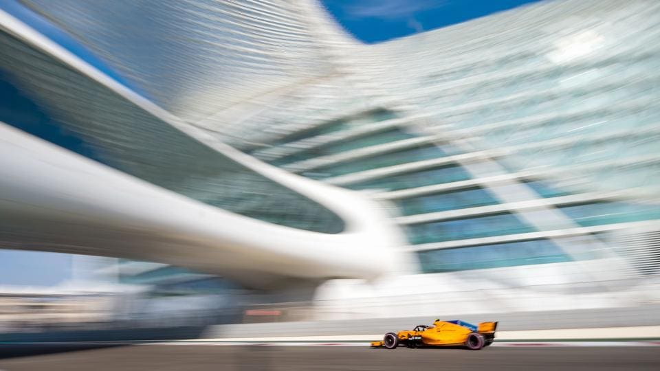 McLaren's Belgian driver Stoffel Vandoorne steers his car during the third practice session at the Yas Marina circuit, in Abu Dhabi, ahead of the Abu Dhabi Formula One Grand Prix. (Andrej Isakovic / AFP)