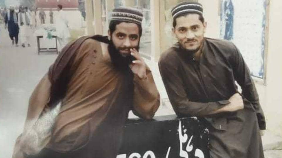 Delhi Police had put up the above poster claiming that the men in it were members of a terror module and may strike in Delhi. But the posters were pulled down after a clarification by a Pakistani seminary.