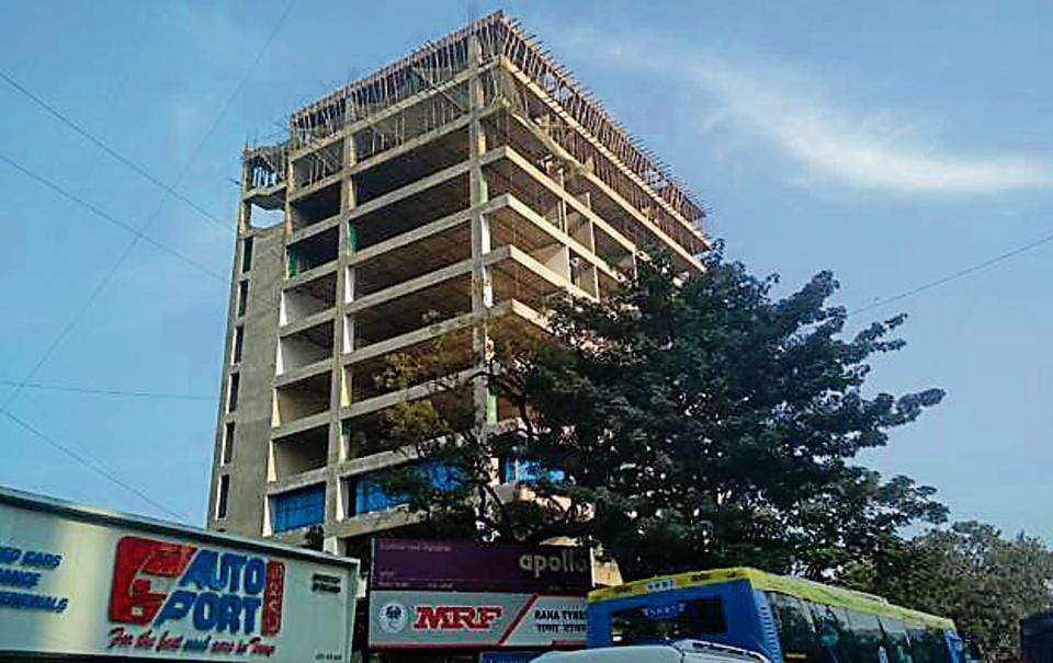The incident took place at an under-construction building in Chembur on Thursday.