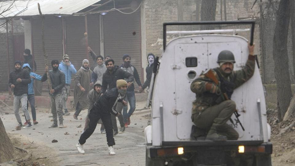 A brief gun battle between militants and security forces in south Kashmir's Shopian district on Monday ended with the escape of the militants, officials said. The brief exchange of fire erupted after security forces started a cordon and search in Sangran village of Shopian district early in the morning after receiving a tip-off about the presence of militants. (Waseem Andrabi / HT Archive)