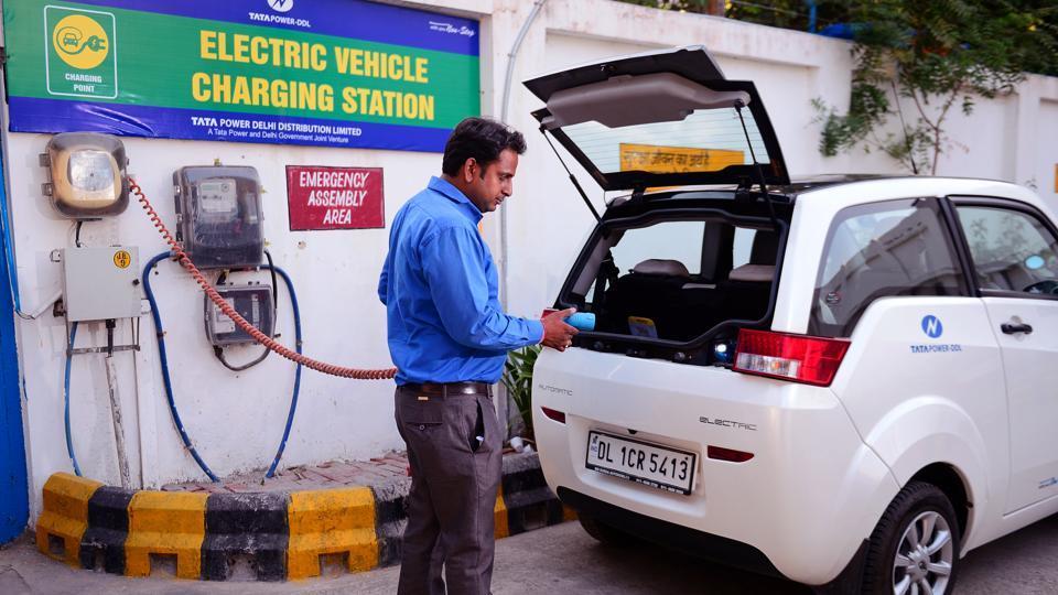 electric vehicles,delhi's e-vehicles policy,delhi pollution