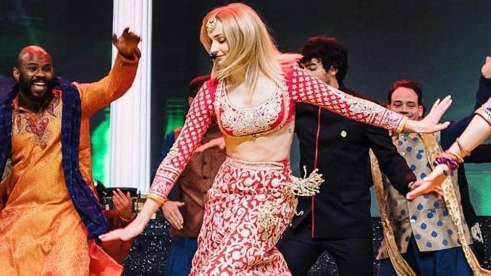 Sophie Turner dances her way into our hearts at Priyanka Nick's sangeet ceremony.