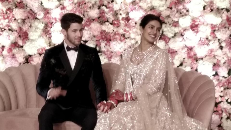 Priyanka Chopra veil,Priyanka Chopra train,Priyanka Chopra Nick Jonas wedding
