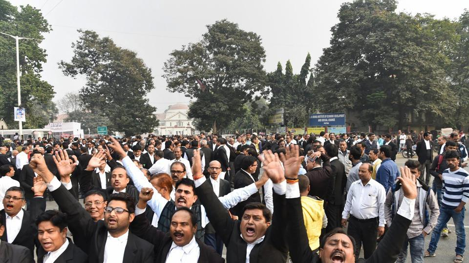 Patna lawyer,shot dead,Patna High Court