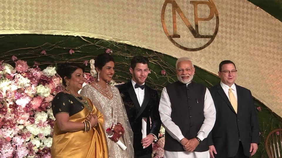 mumbai news,malavika's mumbaistan,narendra modi