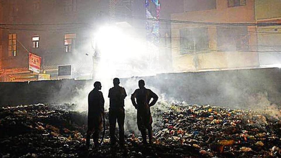 delhi govt,waste burning,CPCB