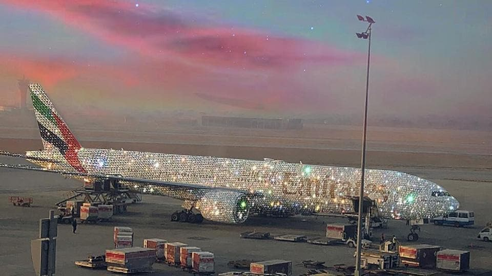 diamond-studded plane,Emirates,viral picture