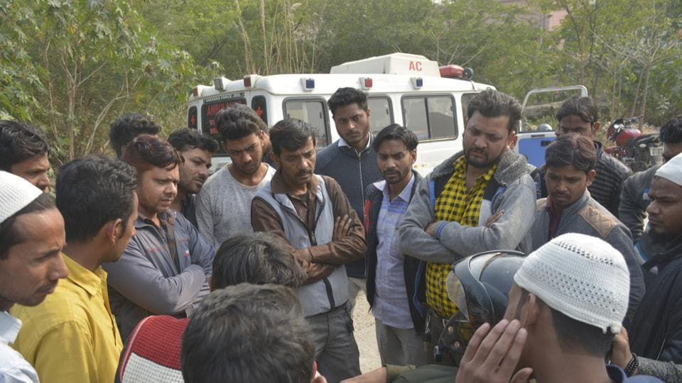 Relatives of victim Aas Mohammad outside the hospital in Ghaziabad on Thursday, December 06, 2018.