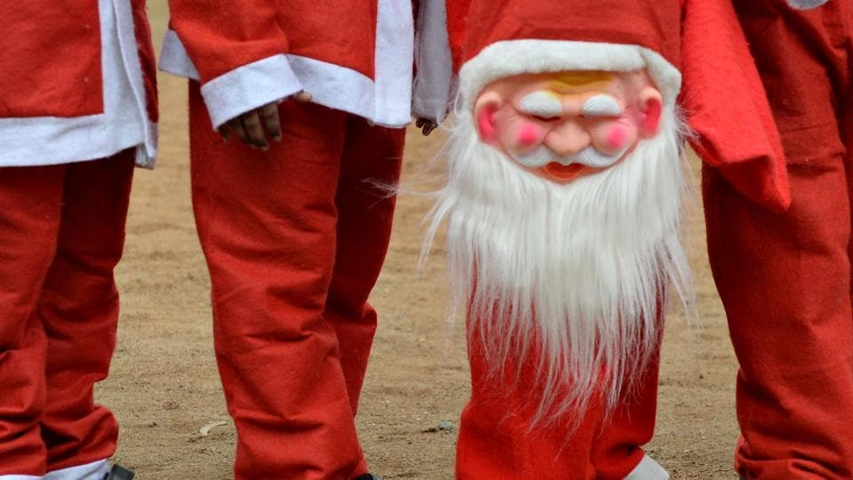 Police say a 31-year-old protester who told children Santa Claus is not real has been arrested for trespassing at a North Texas church.