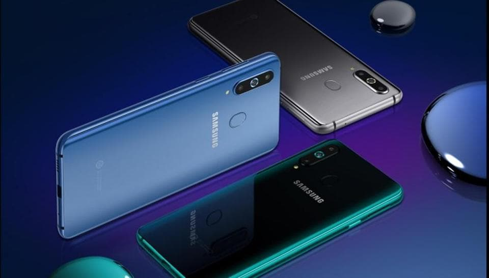 Leaked Samsung Galaxy S10 and S10 Lite cases reveal several design details