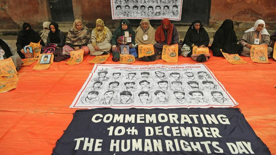 Relatives of disappeared persons take part in a sit-in protest to mark the 'International Human Rights Day' in Srinagar. The protest was organized by Association of Parents Disappeared Persons (APDP) seeking the whereabouts of the relatives who have allegedly disappeared in custody since 1989 in Kashmir. (Waseem Andrabi / HT Photo)