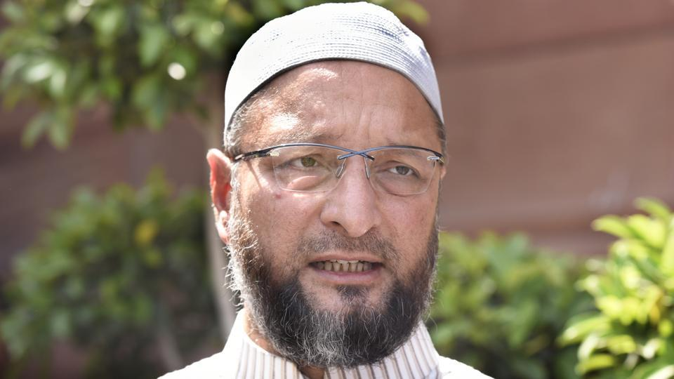 All India Majlis-e-Ittehadul Muslimeen (AIMIM) President Asaduddin Owaisi on Monday said that Telangana Rashtra Samiti (TRS) will form the next government in Telangana on its own strength and his party will stand by it and its chief K Chandrasekhar Rao. AIMIM contested eight seats in the December 7 Assembly elections as against seven in 2014 polls, and supported the TRS. (Sonu Mehta / HT Archive)