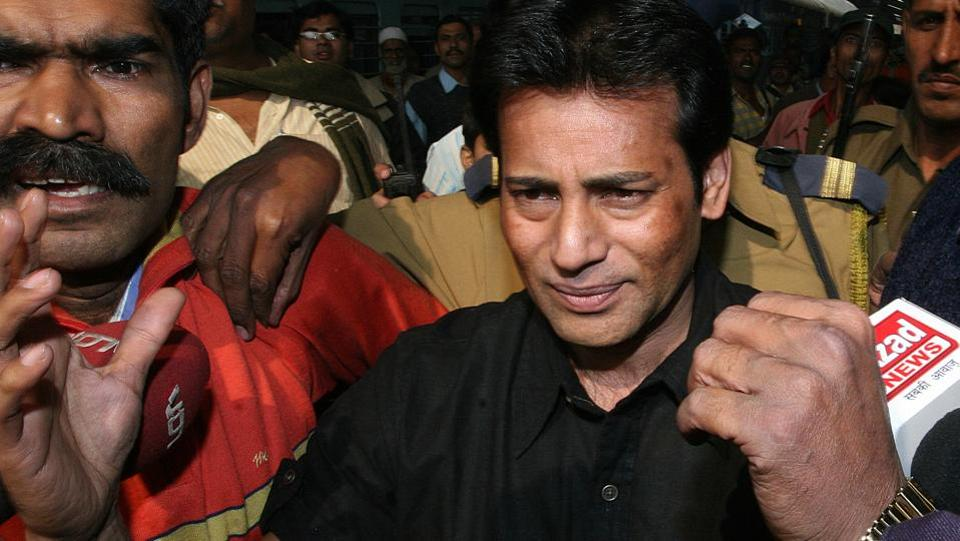 On Monday, the government told a Portuguese administrative court that India will not allow gangster Abu Salem to be extradited to Portugal until he completes his 25-year sentence in Taloja jail. In November, the Lisbon court asked India if Salem could be sent back, to appear in court and testify in person about allegations against him. (Sonu Mehta / HT File)