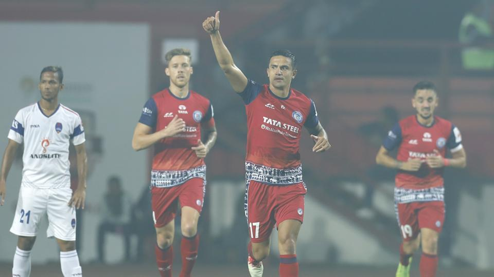 Tim Cahill of Jamshedpur FC celebrates the goal with team players during match 55 of the Hero Indian Super League 2018 ( ISL ) between Jamshedpur FC and Delhi Dynamos FC held at JRD Tata Sports Complex.