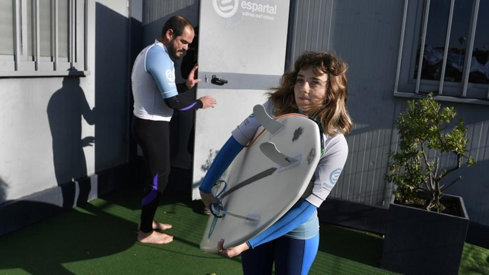 Guided by instinct and signals whistled by her coach, Lopez has been training hard to become Spain's first blind female athlete to enter the World Adaptive Surfing Championship, ongoing from December 12 to 16 in La Jolla, California, USA. (Eloy Alonso / REUTERS)