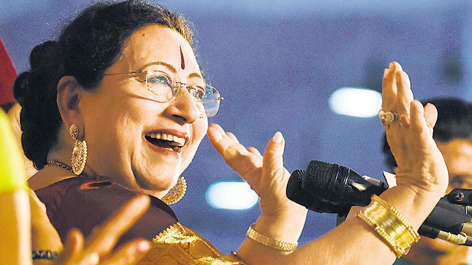 Begum Parveen Sultana singing at the66th Sawai Gandharva Bhimsen Mahotsav at the Maharashtriya Mandal's grounds, Mukundnagar on Wednesday.