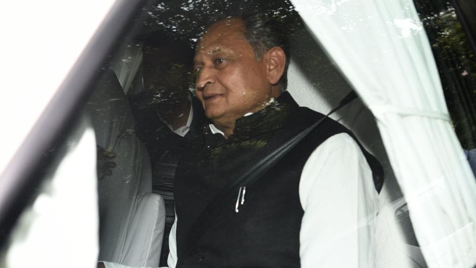 Supporters to welcome Gehlot, speculations over the CM face continues