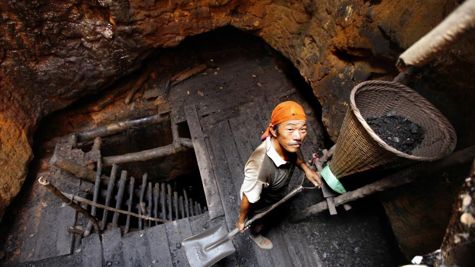 A worker at an illegal 'rat-hole' mine in Meghalaya  (File Photo)