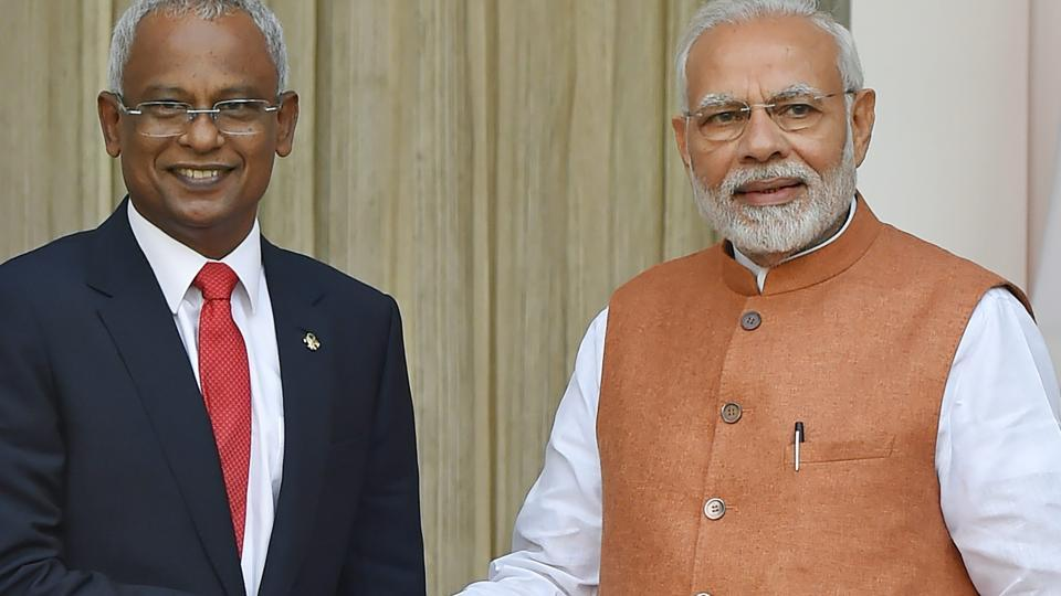 New Delhi: Prime Minister Narendra Modi and Maldivian President Ibrahim Mohamed Solih before a meeting at Hyderabad House, in New Delhi, Monday, December 17, 2018.