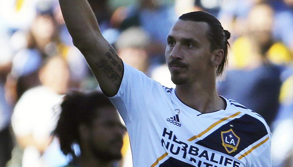 092d5b7f24b Zlatan Ibrahimovic re-signs with LA Galaxy as designated player ...