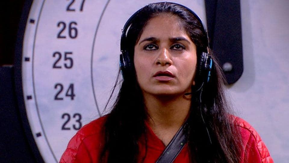 Bigg Boss 12 day 94 highlights: Surbhi Rana wins ticket to finale