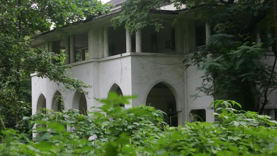 Mohammad Ali Jinnah had built the house in 1936 on a 2.5-acre plot. The building was designed by architect Claude Batley and stands opposite the Maharashtra chief minister's official residence.