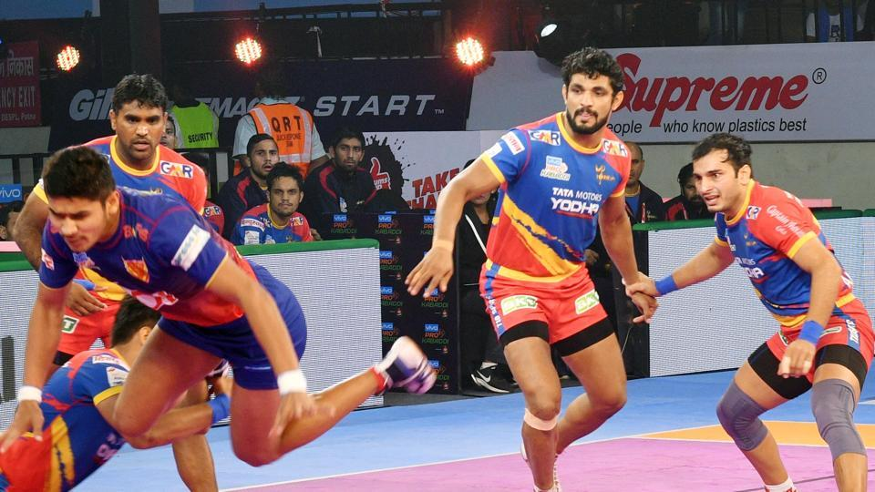 Players of UP Yoddha in action in the PKL.