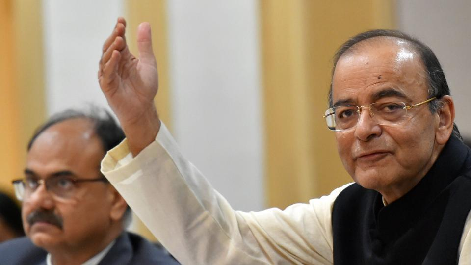 Government to meet fiscal deficit target of 3.3%: Jaitley