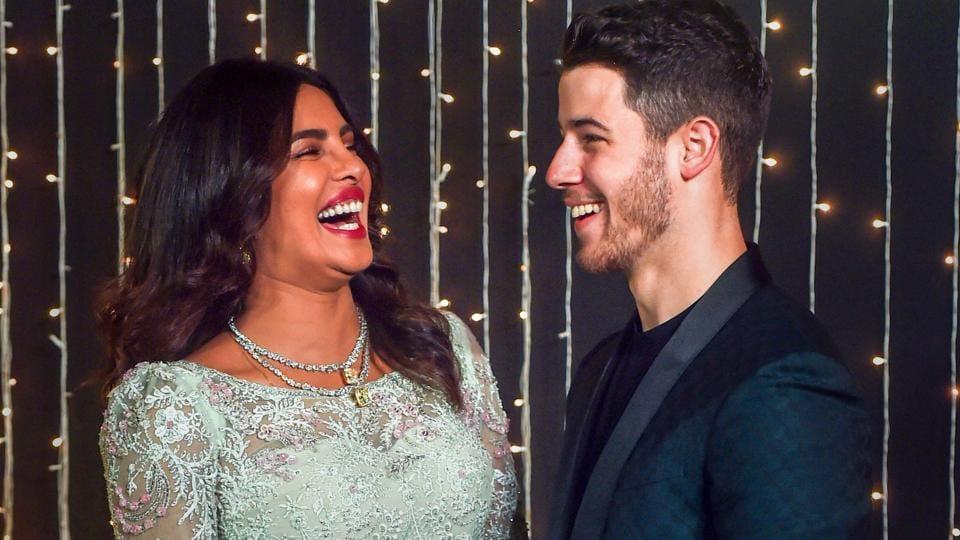 Priyanka Chopra Nick Jonas To Host Wedding Reception In Los Angeles