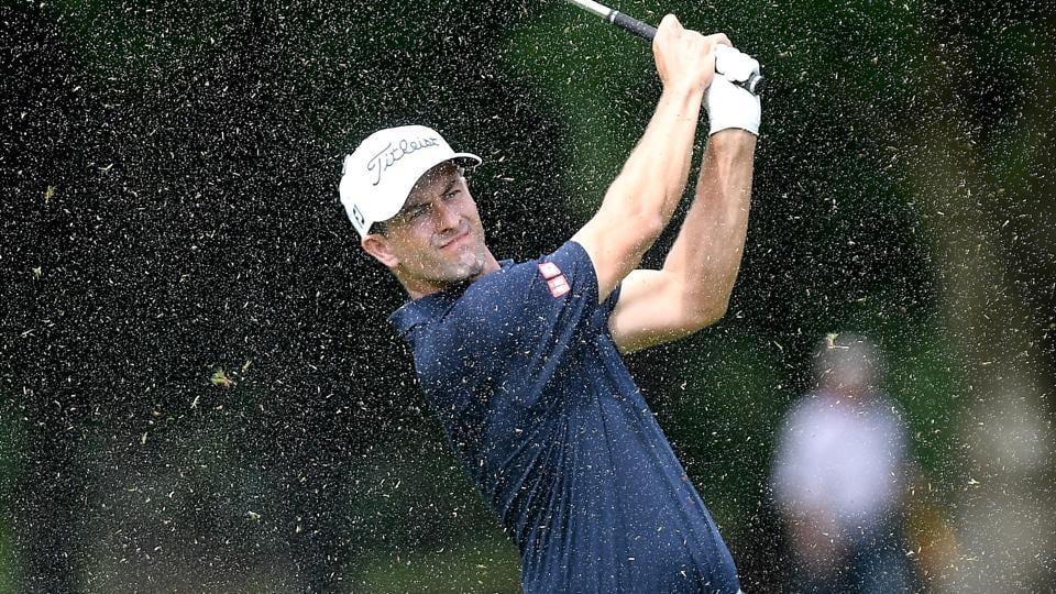 Golf,Rain,Unfriendly conditions