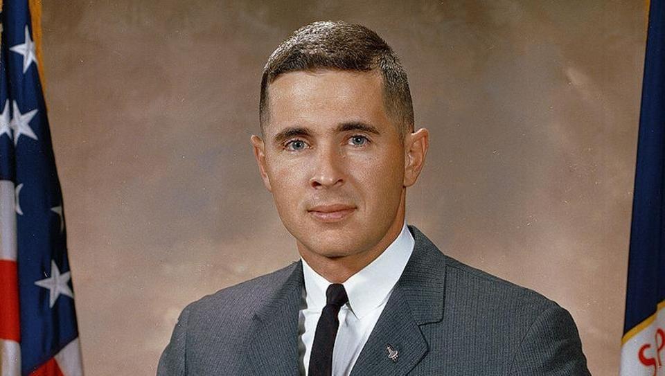 Apollo 8 'Earthrise' photographer calls Northwest home