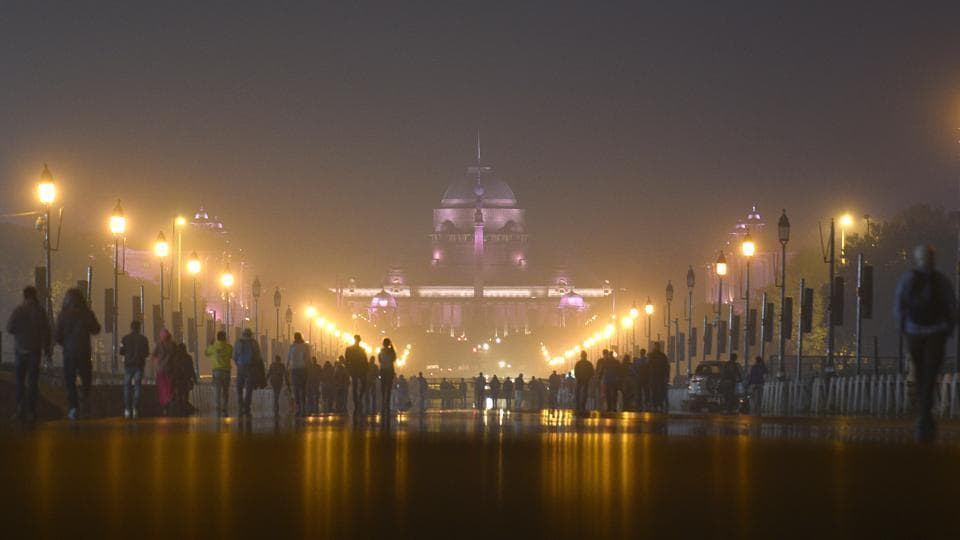 New Delhi, India-Dec 20, 2018: A view of fog engulfed over Rashtrapati Bhawan, in New Delhi, India, on Thursday, December 20, 2018.