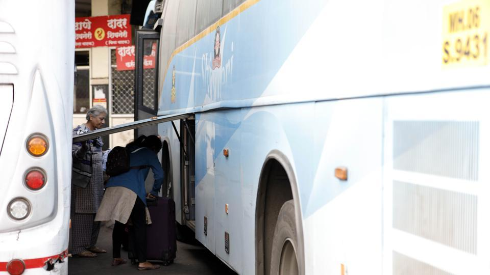 Senior police inspector Kadam met the authorities of PMPML on Monday to draw a plan to reduce the theft cases reported. He also said that the female passengers are being targeted.