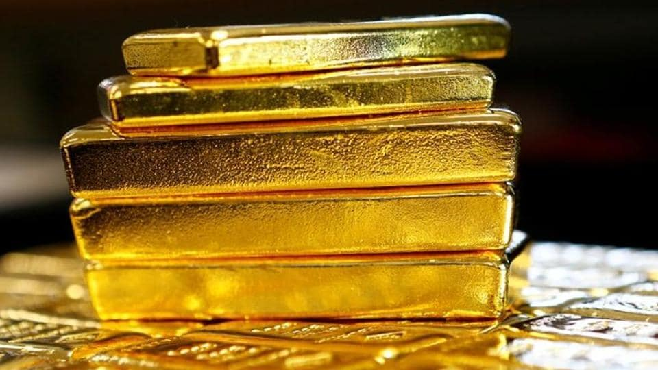 man-held-at-jaipur-airport-for-smuggle-gold-by-hiding-in-his-rectum/