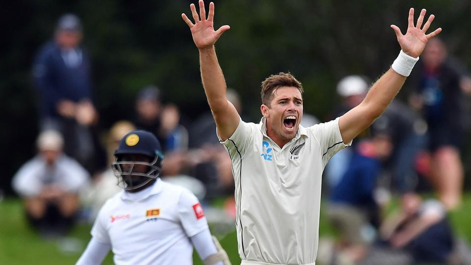 New Zealand's paceman Tim Southee (R) shouts an unsuccessful leg before wicket appeal against Sri Lanka's Angelo Mathews (L) during the day one of the second cricket Test match between New Zealand and Sri Lanka at Hagley Park Oval in Christchurch.