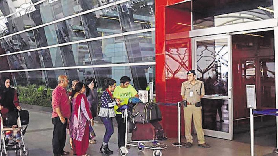 baggage trolleys,airports,AAI