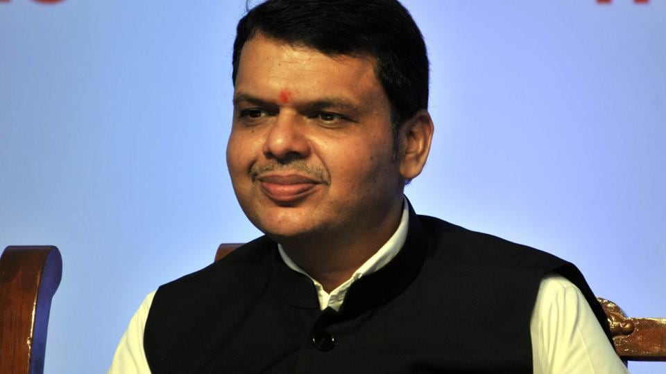The Devendra Fadnavis government has decided to give a pay hike to the state's 17 lakh employees and another five lakh pensioners from January 1.