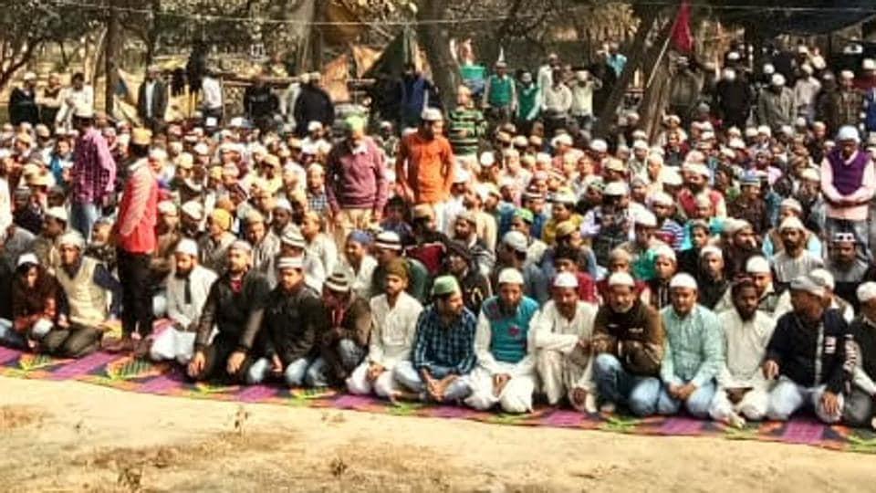 muslims,prayers,noida