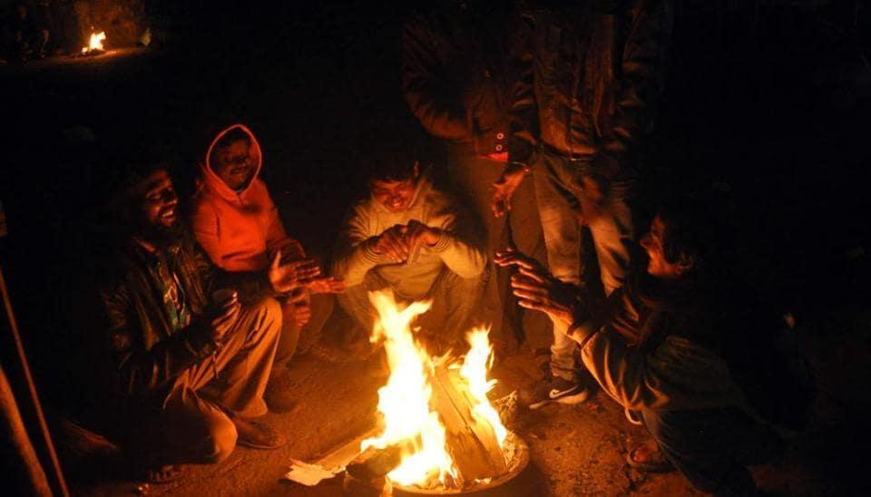 At 2 6 degrees celsius, Delhi records season's lowest