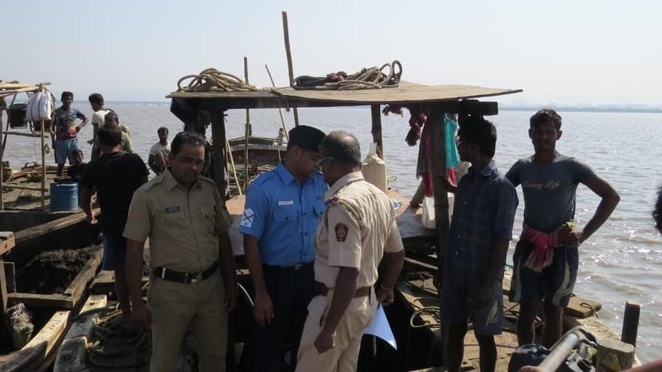 Mumbai,Coast guard,Sand mining
